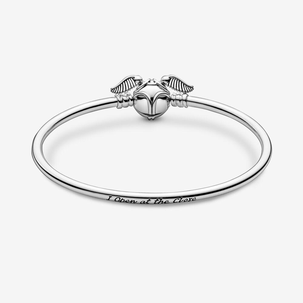 Pandora Moments Harry Potter, Golden Snitch Clasp Bangle | Pandora SG